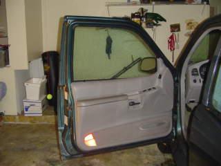 open ford explorer car door